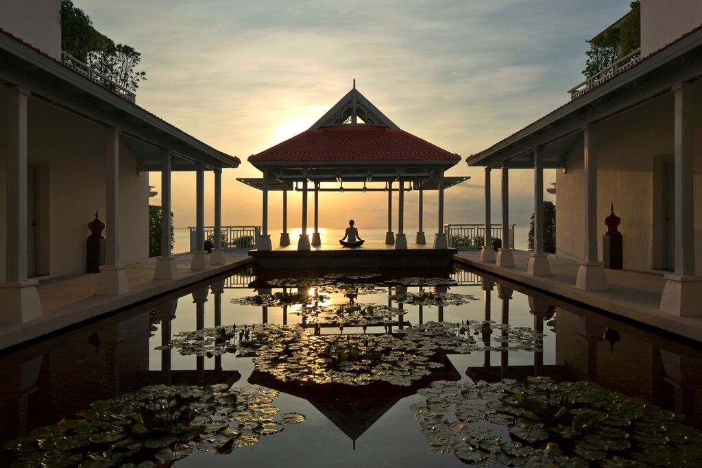 Amatara Spa - Sunrising at Yoga Sala