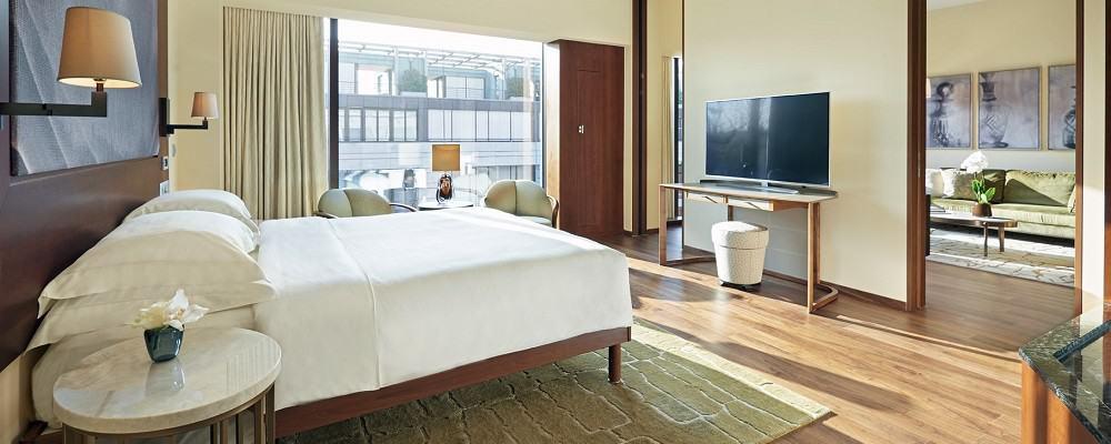 Hyatt-Zurich-Park-Suite-1000x400