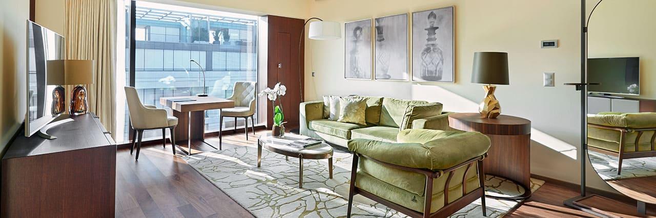 Park-Hyatt-Zurich-P716-Deluxe-Corner-Suite.masthead-feature-panel-medium