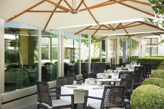 park-hyatt-zurich_outdoor-terrace