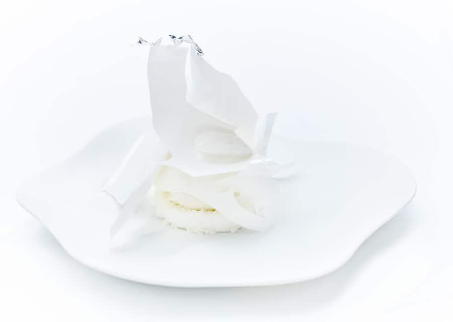 Le Cinq @Jean-Claude Amiel - Dairy iced, baking powder tast