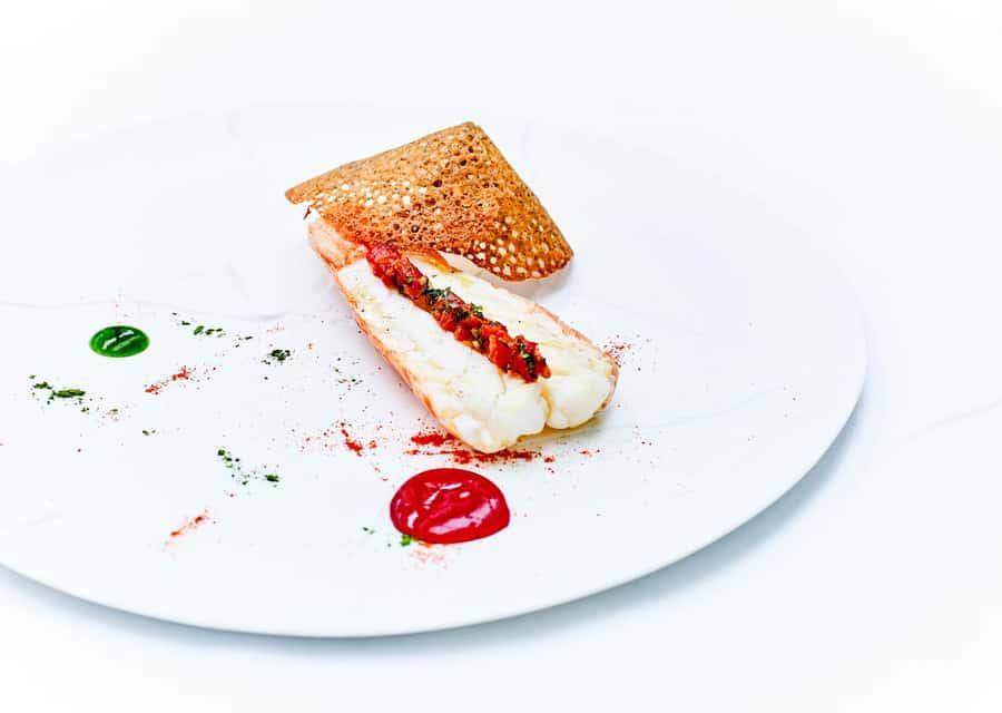 Le Cinq @Jean-Claude Amiel - Dublin Bay prawns, warm mayonnaise, crunchy buckwheat pancake