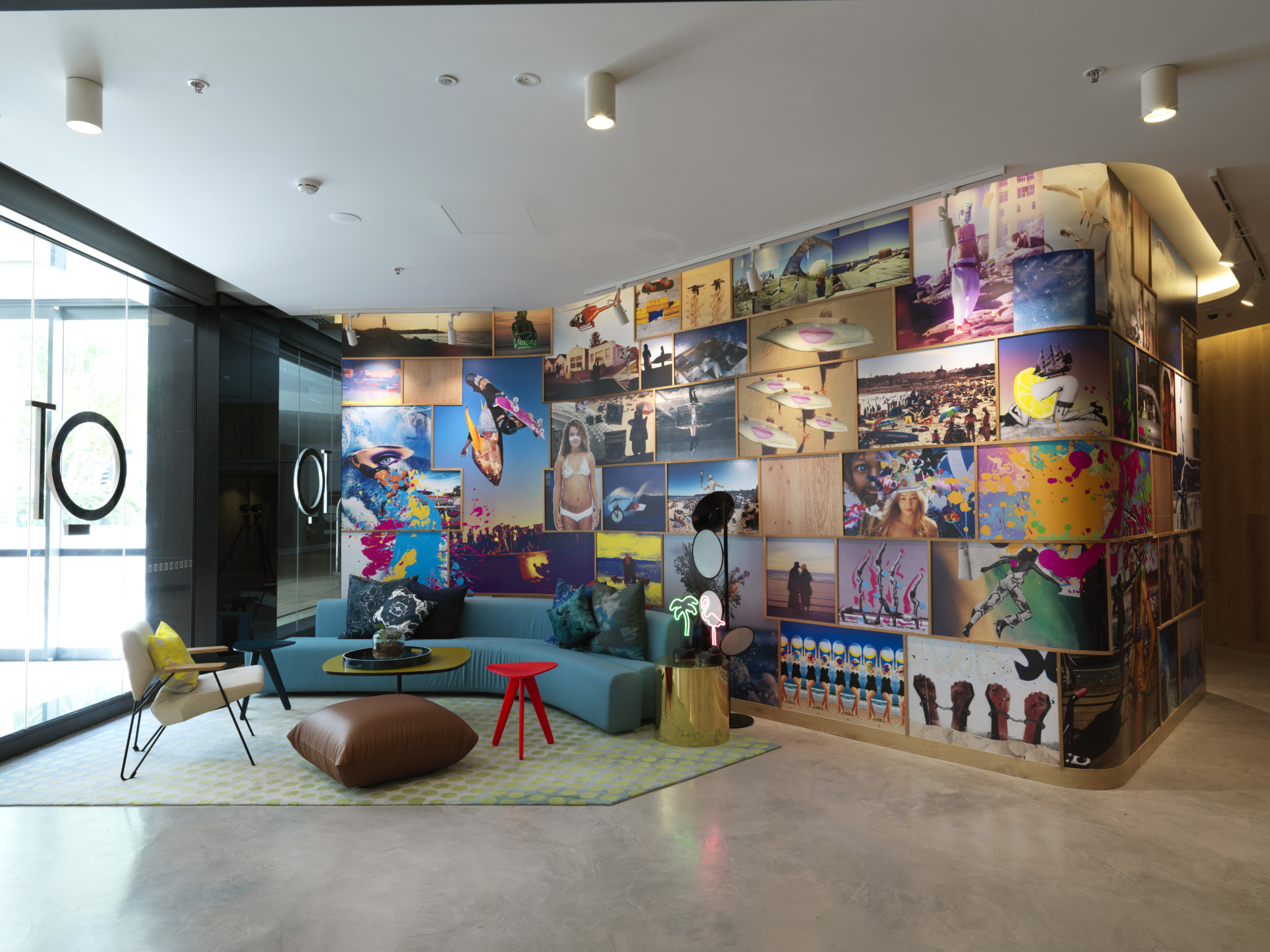 QT Bondi - Lobby & Shaun Gladwell Art Installation 1